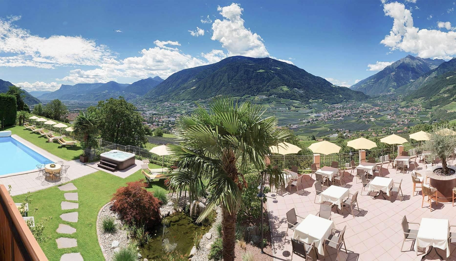 Hotel In Dorf Tirol Hotel Krause